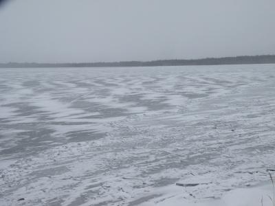 屈斜路湖 ほぼ凍結