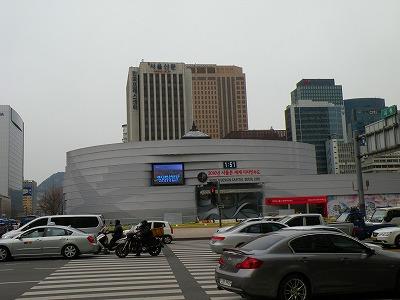 ソウル市庁舎は新庁舎建設中