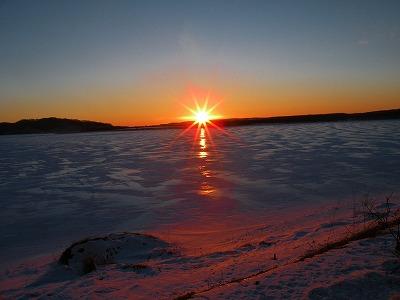 シラルトロ湖に沈む夕陽