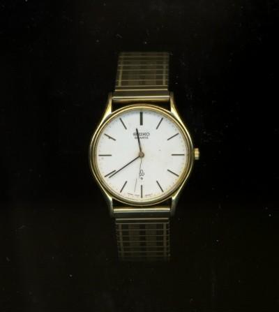 祖父の腕時計b