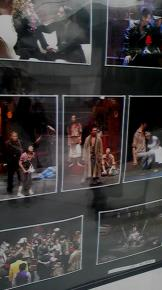 舞台写真 劇場前