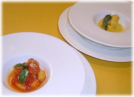 ニョッキ(トマトソースとバターソース)