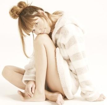 Rinka Style (Rinka wearing Mini Striped Robe)