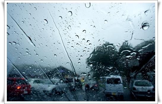 豪雨.jpg