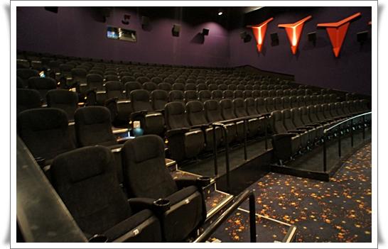劇場①.jpg