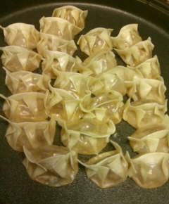 煮込み餃子麺5