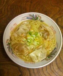 煮込み餃子麺11
