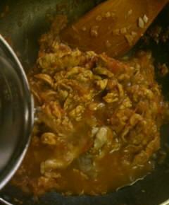 ナスとトマトと豚肉のピリ辛中華風煮込み8