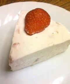 いちごのレアチーズケーキ17