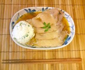 豚肉の煮物豆腐添え9
