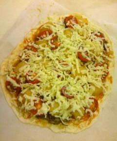 肉じゃがピザ19