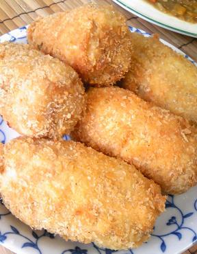 鶏ガラコロッケと親子カレー34