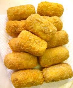 鶏ガラコロッケと親子カレー31