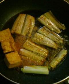 サンマの蒲焼き丼12