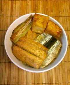 サンマの蒲焼き丼13