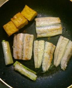 サンマの蒲焼き丼11