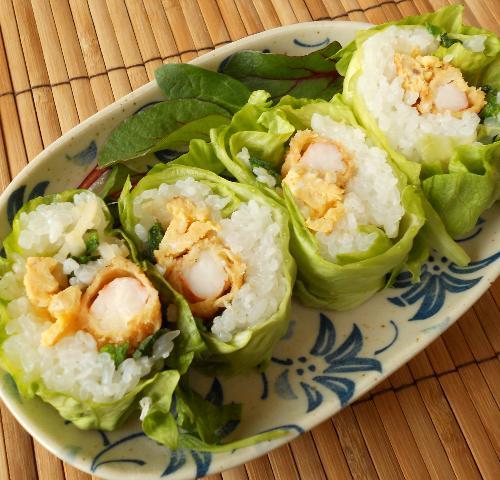 レタス巻き寿司とピリ辛挽肉サラダ20