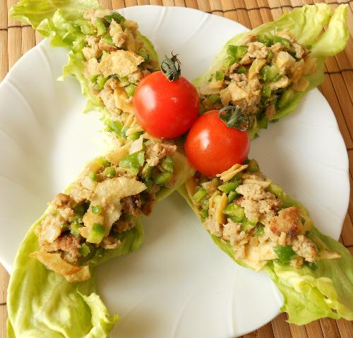 レタス巻き寿司とピリ辛挽肉サラダ18
