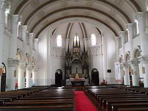 長崎中町教会内部
