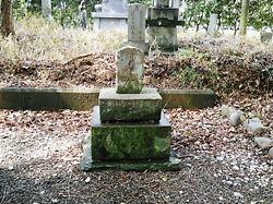 川島城朝鮮女の墓