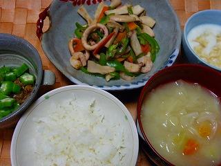 海鮮と野菜のケチャップ炒め