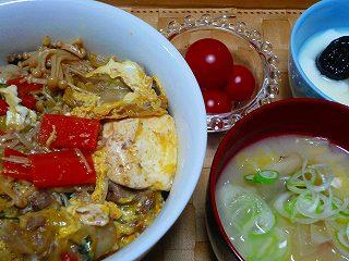 すき焼き卵とじ丼