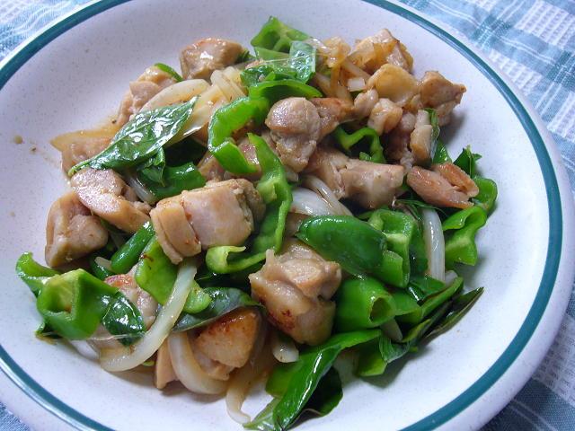 タイ料理(バジル&鶏肉)