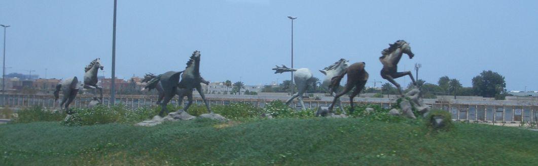 馬のモニュメント