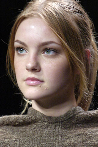 123fall2005stellamccartney3.jpg