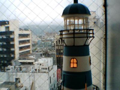 街を照らす灯台