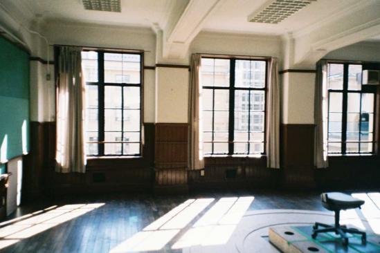 光射す教室