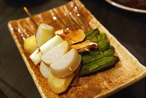 サトイモ葱としし唐の串