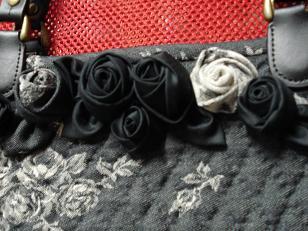 表と裏地の巻き薔薇