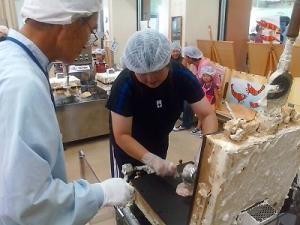 20090719130437煎餅スタート