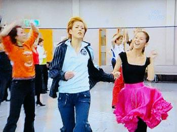 ダンシング・フォー・ユー:お稽古場 お手手つないで♪悠河さん&ようこちゃん