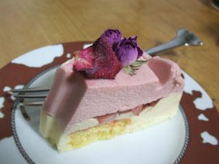 「外伝ベルサイユのばら」ケーキのカット面
