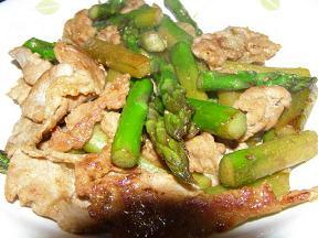 アスパラと豚肉のしょうが炒め