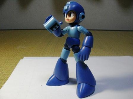 ロックマンE缶