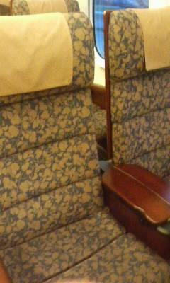 つばめの列車内