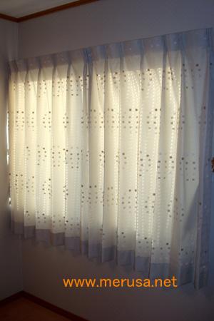 サークルドットカーテン1.jpg