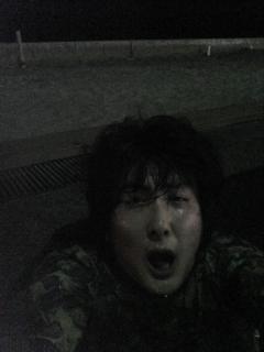 露天風呂で砂流し中