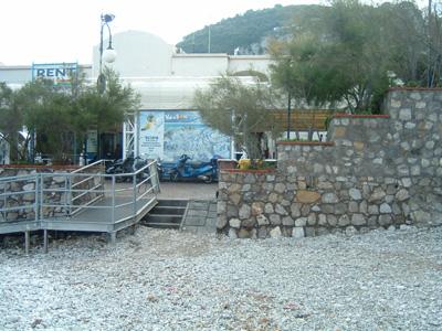 19_港の階段