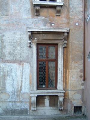 23_サンタンジェロの窓