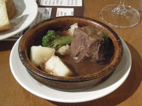 牛頬肉のワイン煮混み