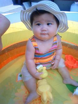 ひな8ヶ月プール