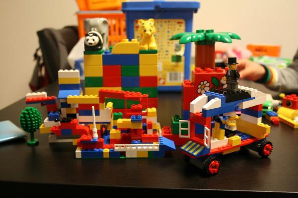 2009-2-8-おもちゃ