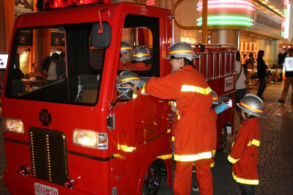 2009-2-15-消防士