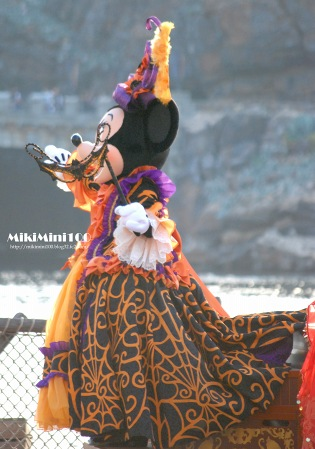 2009マウスカレード・ミニー02