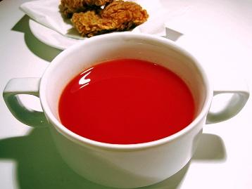 ビーツトマトのスープ