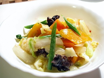 野菜のナンプラー炒め